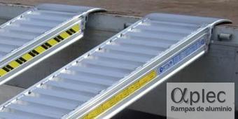 Rampas sin bordes Longitud 3.000 mm  Altura de carga 900 mm