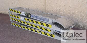 Rampas plegables Longitud 2.000 mm  Altura de carga 600 mm
