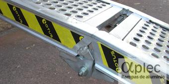 Rampas plegables Longitud 3.000 mm  Altura de carga 900 mm